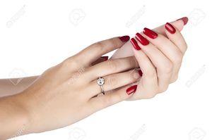 На какой руке и пальце носят обручальное кольцо мужчины?